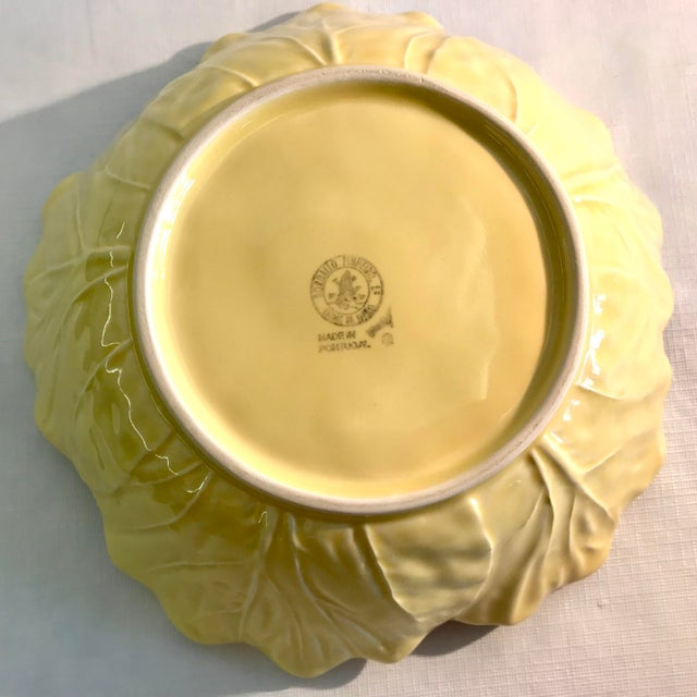 20th Century Cottage Majolica Yellow Cabbage Serving Bowl For Sale In Dallas - Image 6 of 8