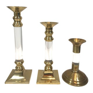 Mid 20th Century Lucite and Brass Graduating Candlesticks - Set of 3 For Sale