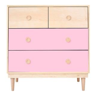 Nico & Yeye Luke Modern Kids 4-Drawer Dresser Solid Maple and Maple Veneers Pink For Sale