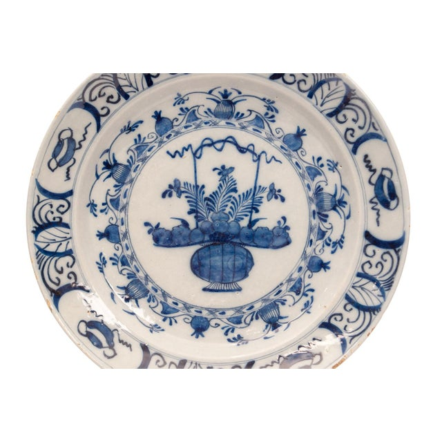 Delft 17th - 18th Century Holland Delft Pottery Charge Plate For Sale - Image 4 of 7
