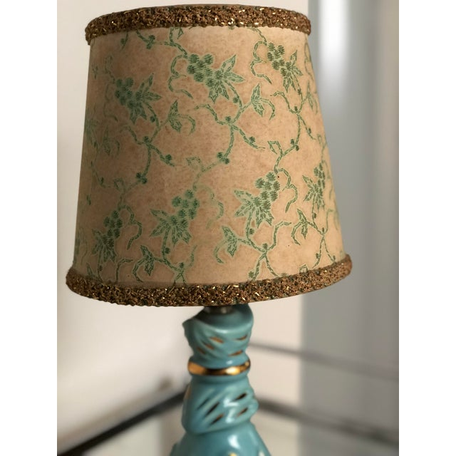 Metal Mid Century Turquoise and Gold Table Lamp With Original Floral Shade For Sale - Image 7 of 8