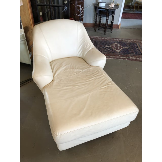 Leather 1980s Vintage Calia Italia Italian Cream Leather Chaise For Sale - Image 7 of 13