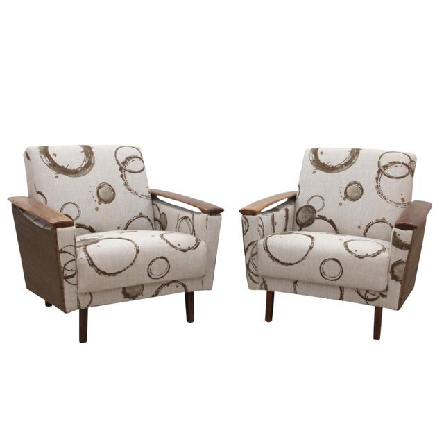 White Kravet Upholstered Mid Century Modern Armchairs - a Pair For Sale - Image 8 of 8