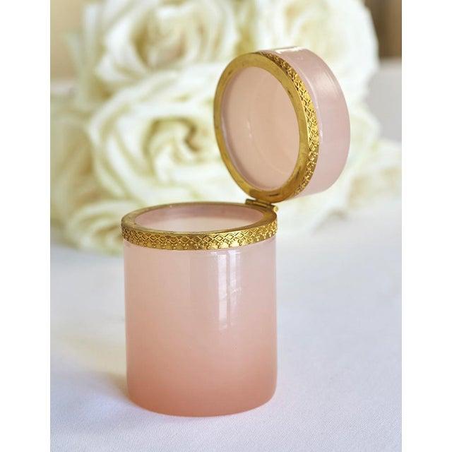 Antique French Pink Opaline & Bronze Dresser Box - Image 4 of 6