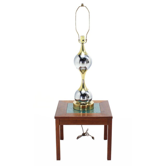 Modern Chrome Globe and Brass Table Lamp For Sale - Image 3 of 8