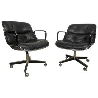 Pair of Mid-Century Modern Knoll Executive Chairs For Sale