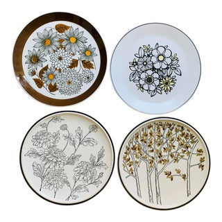 Vintage Mismatched 1960's Dinner Plates - Set of 4 For Sale