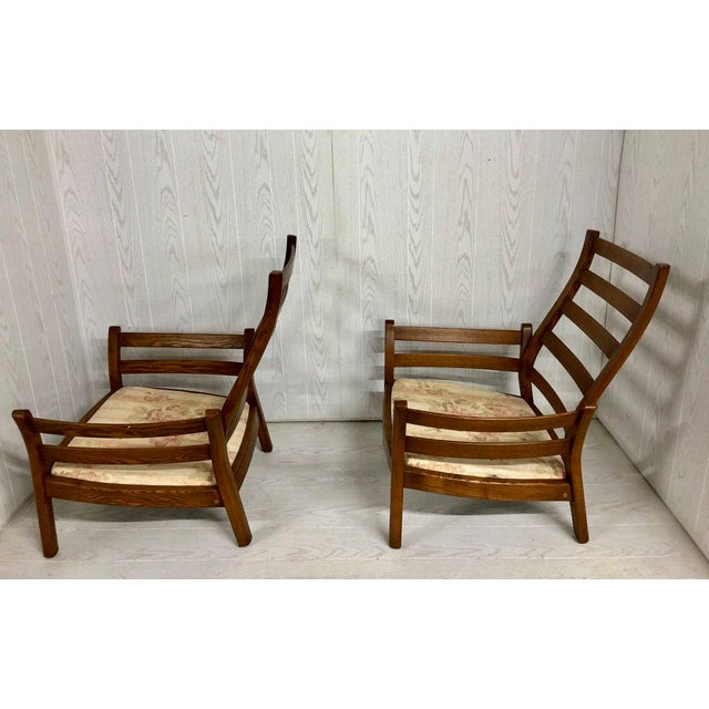 Mid-Century Modern 1980s Mid-Century Modern Ercol Savlle Arm Chairs - a Pair For Sale - Image 3 of 10
