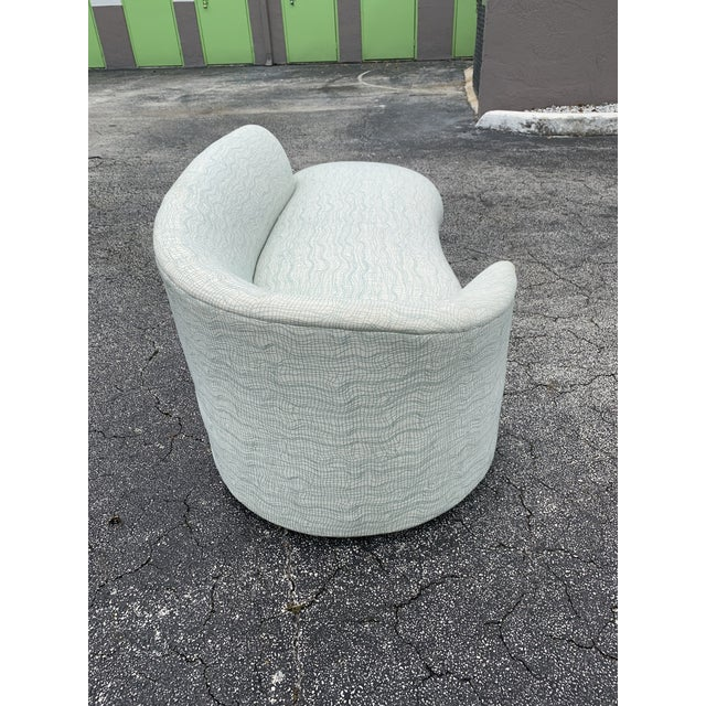 Vladimir Kagan Style Petite Serpentine Cloid Sofa For Sale In Miami - Image 6 of 12