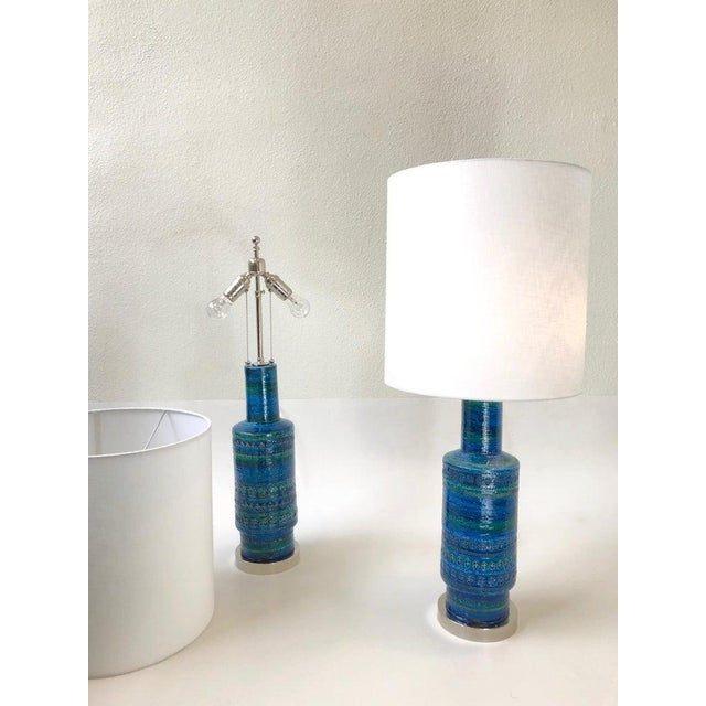 White Rare Pair of Rimini Blue Italian Ceramic and Nickel Table Lamps by Bitossi For Sale - Image 8 of 11