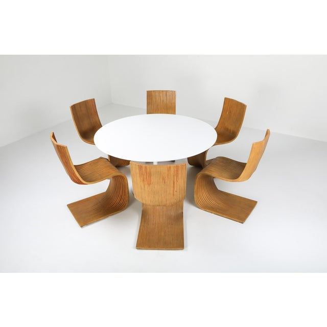 "1970s Eero Saarinen ""Tulip"" Dining Table for Knoll For Sale - Image 9 of 10"