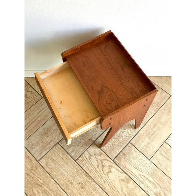 1960s Mid Century Modern Small Side Table Nightstand For Sale - Image 10 of 11