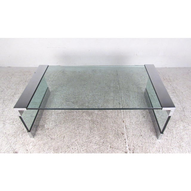 Pace Mid-Century Modern Chrome and Glass Coffee Table After Pace For Sale - Image 4 of 8