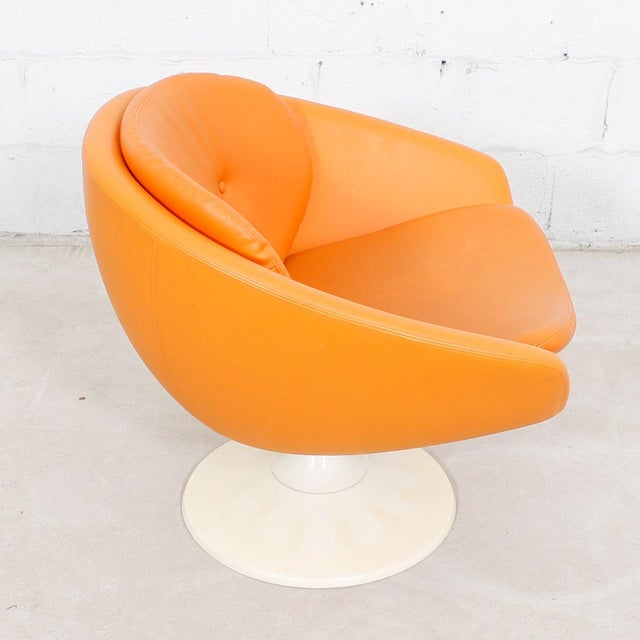 60s Orange Swivel Pod Chairs by Overman, Sweden - Pair For Sale In Washington DC - Image 6 of 7