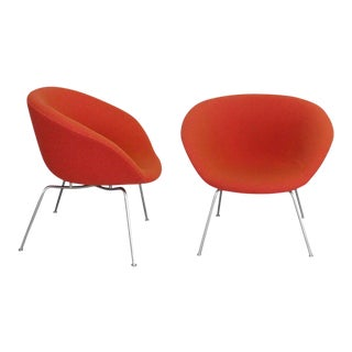 Pair of Arne Jacobsen Pot Chairs For Sale