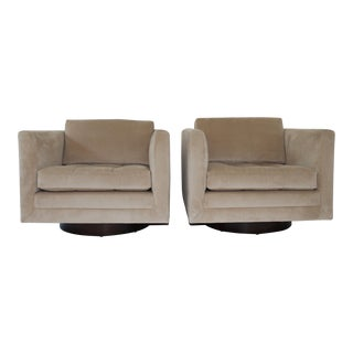 Harvey Probber Swivel Cube Chairs - a Pair For Sale