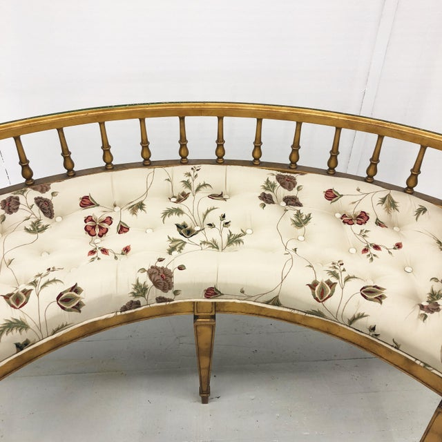 1960s Hollywood Regency Curved Gilt Wood Settee For Sale - Image 5 of 10