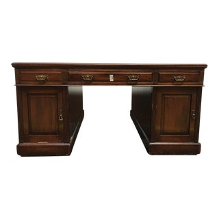 1940s English Traditional George III Mahogany Partner Desk For Sale