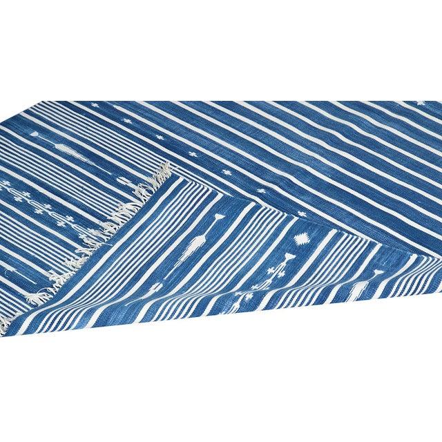 Boho Chic Honeysuckle Rug, 8x10, Blue & White For Sale - Image 3 of 5