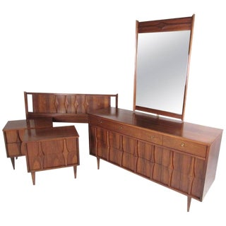 Midcentury Walnut Bedroom Suite by Coleman of Virginia For Sale