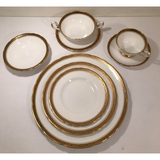 Very Rare Unused 80 piece Royal Tuscan Fine Bone China Set. Made in England. Table Settings for 10 includes the following:...