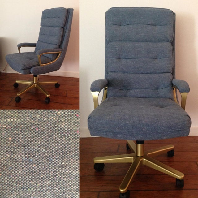 Mid-Century Modern Mid-Century High Back Matte Gold & Blue Grey Tweed Swivel Chair For Sale - Image 3 of 5