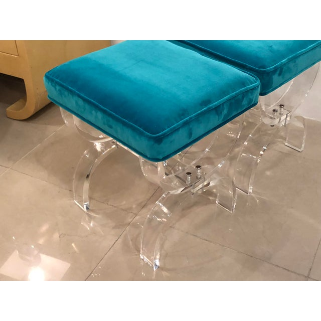 1970s Vintage Hollywood Regency Blue Velvet Lucite X Benches Stools -A Pair For Sale - Image 5 of 13