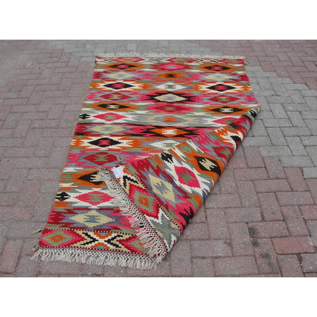 Vintage Turkish Kilim Rug - 4′4″ × 6′10″ For Sale - Image 11 of 11