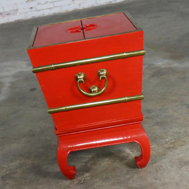 Metal Chinese Red Lacquer and Brass Accent Table Removable Ice Chest Style on Hoof Foot Base For Sale - Image 7 of 13