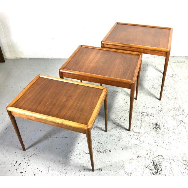Wood t.h. Robsjohn-Gibbings Nesting Tables for Widdicomb - Set of 3 For Sale - Image 7 of 13
