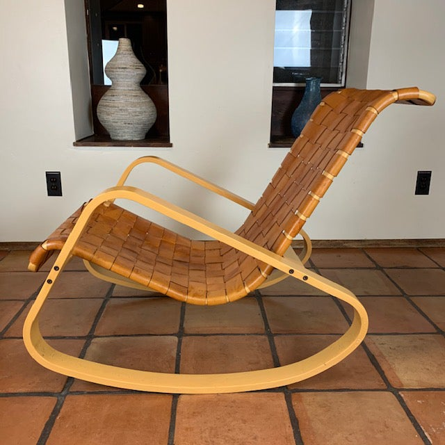 Mid-Century Modern 1950s Wood and Leather Dwr Dondola Rocker For Sale - Image 3 of 8