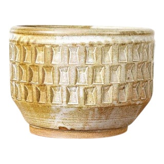 Christian Boehr Ceramic Stoneware Planter — Large Weave Pattern — White Glaze — P10 For Sale