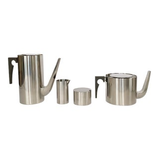 1967 Arne Jacobsen Cylinda Line for Stelton of Denmark Coffee and Tea Set - 4 Pieces For Sale