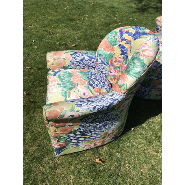 Abstract 1990s Vintage Inspired Swivel Lounge Chairs & Ottoman For Sale - Image 3 of 7