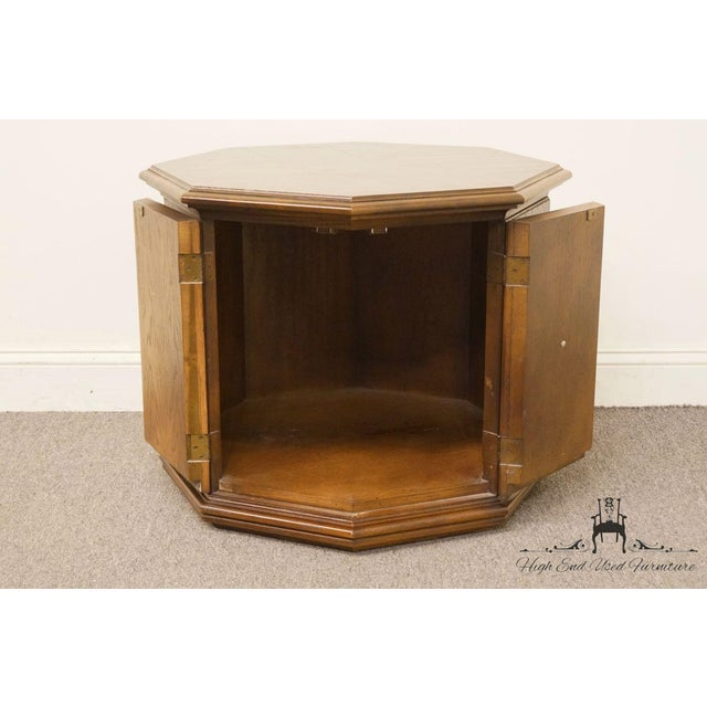 Late 20th Century American of Martinsville Octagonal Storage End Table For Sale - Image 5 of 10