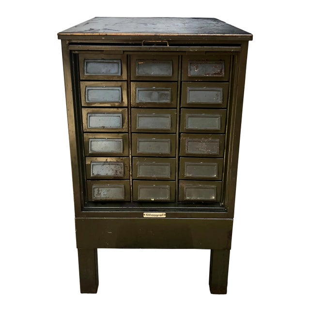 Vintage Industrial Addressograph Steel Metal 18-Drawer Catalogue File Cabinet For Sale - Image 10 of 10