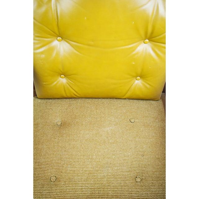 1970s Gunlocke Co. Yellow Swivel Office Chair - Image 9 of 10