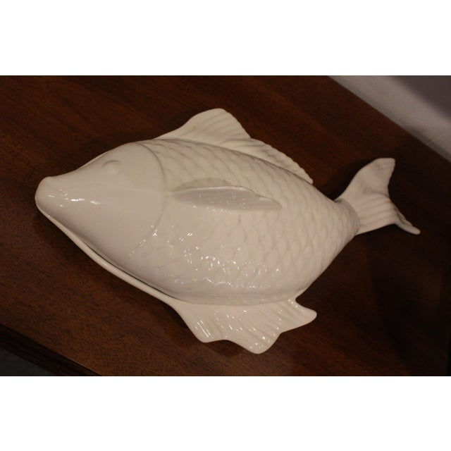 Ceramic 1960s Covered Pottery Glazed White Fish Platter For Sale - Image 7 of 8