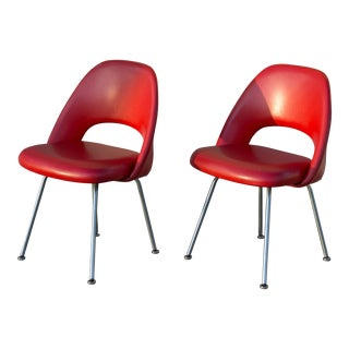 Early Eero Saarinen Knoll Executive Side Chairs - A Pair