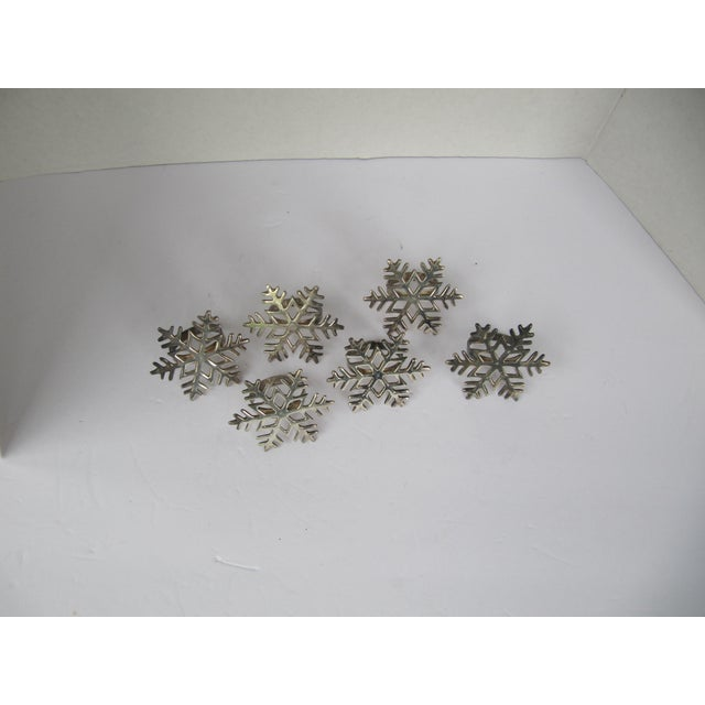 Traditional Silverplate Snowflake Napkin Rings - Set of 6 For Sale - Image 3 of 6