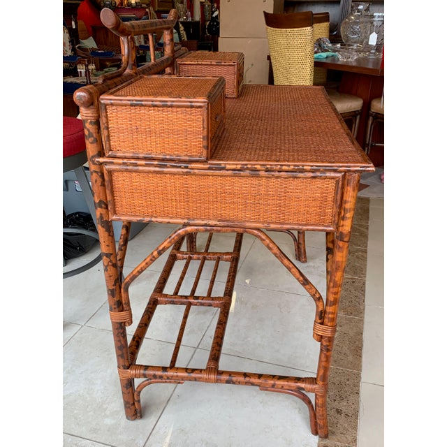 Eye-catching and multipurpose Japanoise, tortoise shell rattan, console/ desk. It's the perfect size for writing on paper...