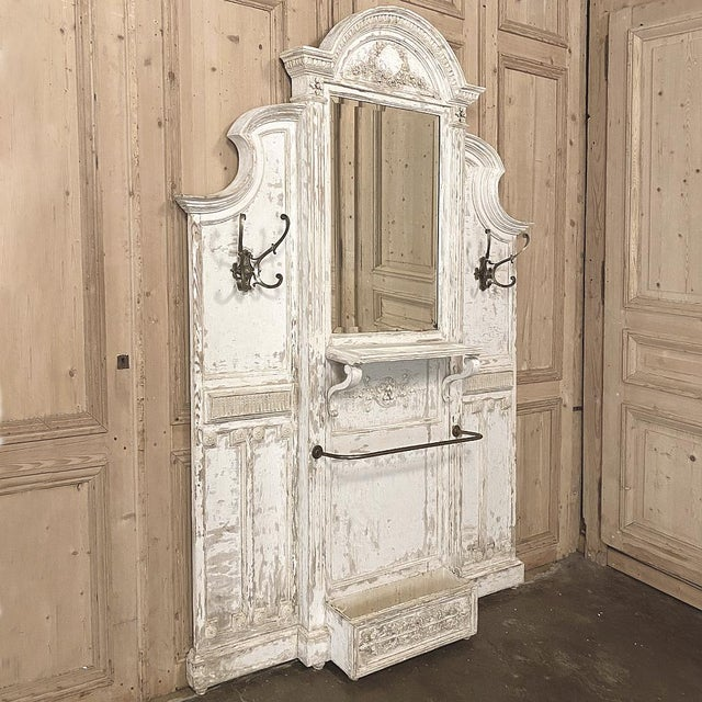 French 19th Century French Louis XVI Painted Hall Tree For Sale - Image 3 of 11