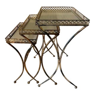 Walter E Smithe Nesting Tables - Set of 3 For Sale