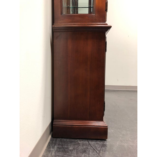 Thomasville Collector's Cherry Monumental Breakfront China Display Cabinet For Sale In Charlotte - Image 6 of 13