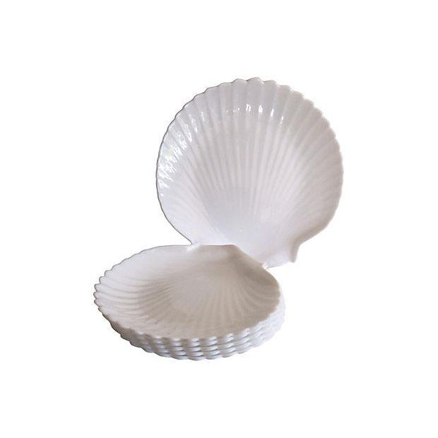 Milk Glass Shell Plates & Platter - 6 Pieces - Image 4 of 4