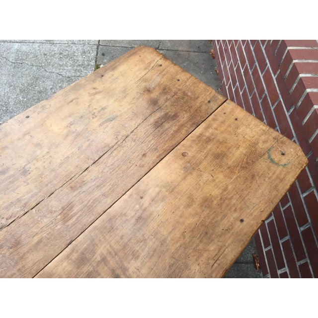 Antique American Pine Farm Table - Image 9 of 11