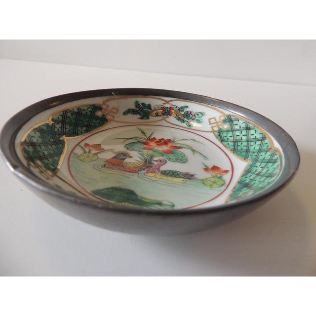 Vintage Imari Japanese Green and Orange Decorative Plate For Sale - Image 4 of 6
