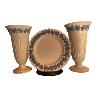 Wedgwood Queensware Vases W/ Plate Etruscan Pattern - Set of 3 For Sale