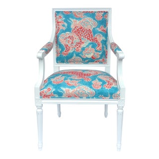 Vintage C.1920-30's French Neoclassical Arm Chair Upholstered in Chinoiserie Linen Textile For Sale