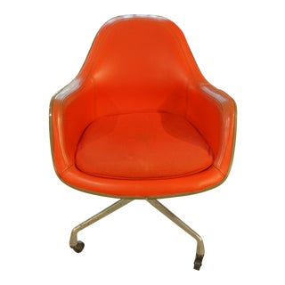 Mid-Century Modern Swivel Arm Chair For Sale